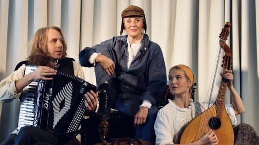 Bild för Soppteater – Bansai! – Ester Blenda Nordström, en, 2021-10-06, Teaterbistron