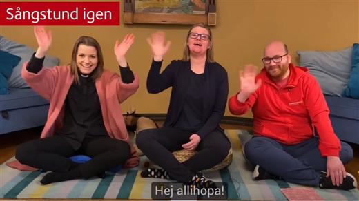 Bild för Sångstund utomhus vid Högalidskyrkan, 2020-06-15, Högalids församling, Stockholm