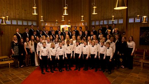Bild för Sollentuna Gosskörs vårkonsert 2018, 2018-05-31, Edsbergskyrkan