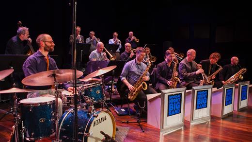 Bild för Monday Night Big Band med Viktoria Tolstoy, 2021-08-08, Solhällan