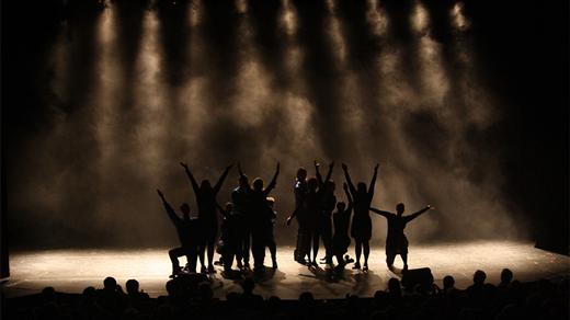 Bild för The show must go on med Kul-Lagret(fd Boråsrevyn), 2021-11-20, Sagateatern