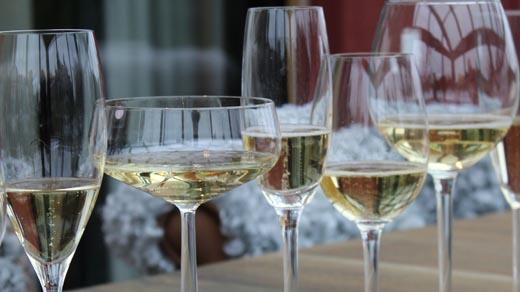 Bild för Champagneprovning och ost, 2020-12-15, Kaija, Stallet