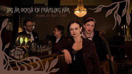 Bild för Jag är också en främling, 2020-10-13, Förslövs bygdegårds Teaterscen