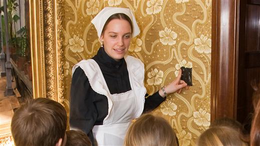 Bild för Dramatiserad barnvisning, 2019-04-19, Tjolöholms Slott