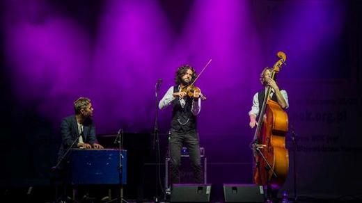 Bild för 180920 Gjermund Larsen Trio, 2018-09-20, Stallet - Världens Musik