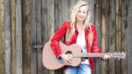 Bild för Annika Fehling Trio - Little Big Pink Summer Club, 2019-07-22, Alvargården
