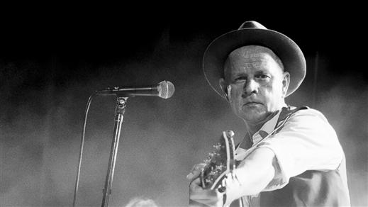 Bild för 30 år som Persson, 2019-03-09, Nalen  Klubb, Stockholm