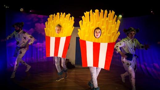 Bild för Familjelördag med Pudlar o Pommes, 2018-10-27, Teater Salongen