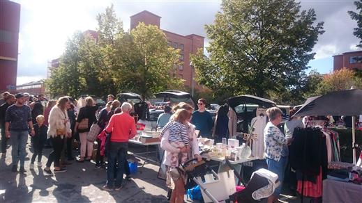 Bild för Bakluckeloppis + Street Food & Design Market 8/6, 2019-06-08, Lindholmen