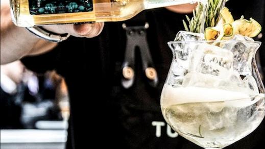 Bild för Ginprovning i Whiskybyn, 2020-08-27, Whiskyby Gävle