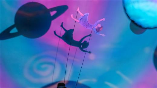 Bild för Embla - en flicka mitt i kosmos, 2016-10-22, Teaterkaféet, Hjalmar Bergmanteatern