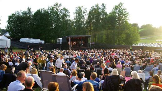 Bild för Sommarkonsert i Lövvik, 2019-08-03, Lövviks Föreningshus