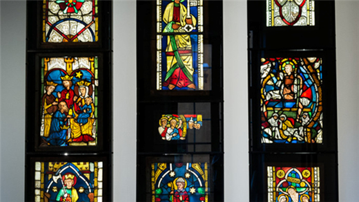 Bild för Himmelskt ljus genom jordiskt glas, 2019-10-18, Historiska museet
