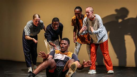 Bild för YEBO YES PROD, 2021-11-30, Teatersalongen i Spira