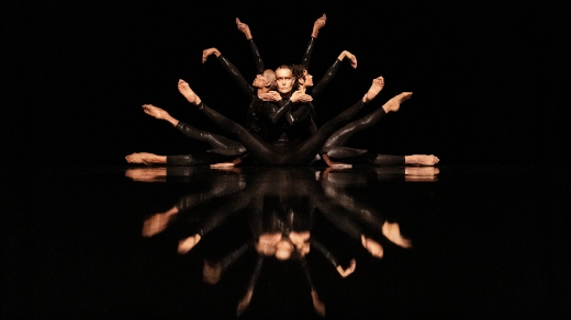 Bild för Virpi Pahkinen Dance Company - BLACK RAINBOW, 2021-10-12, Jönköpings Teater
