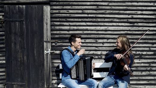 Bild för Konsert på Tonsalen-Andreas Tophöj & Rune Barslund, 2019-03-22, Teater Sláva, Tonsalen