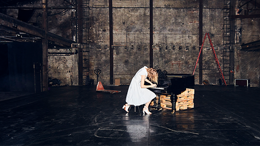 Bild för Performance Concert: Frida Hyvönen, 2021-09-16, Orionteatern Stora scen