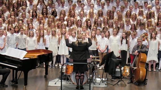 Bild för Vårkonsert med Musikklassernas orkesterklasser, 2019-05-20, UKK - Sal B - Sittande onumrerat